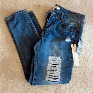 Life in Progress ripped Jeans NWT